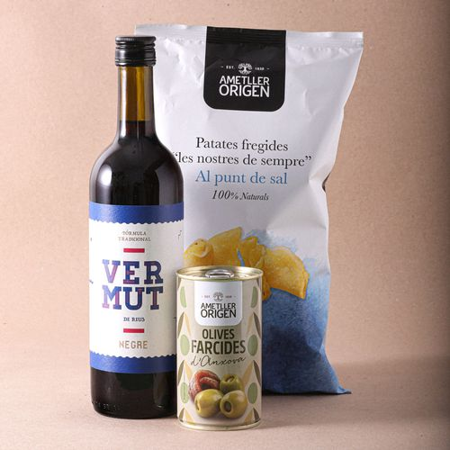 Lot Vermut + Olives farcides + Patates p/sal